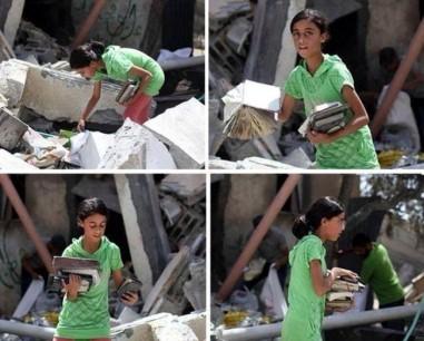 ragazza palestina cerca libri tra le rovine